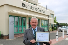 Cllr Keith Martin with his award