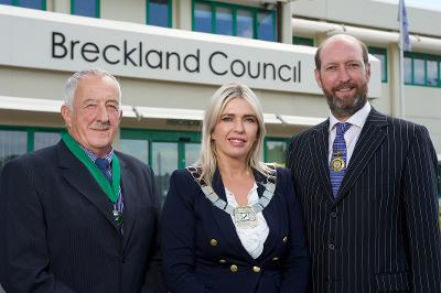Vice Chairman Richard Duffield, Chairman Kate Millbank, and outgoing Chairman Bill Borrett